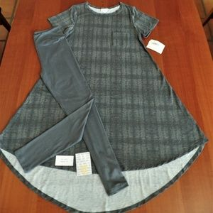 LULAROE OUTFIT! S- CARLY DRESS & OS LEGGINGS